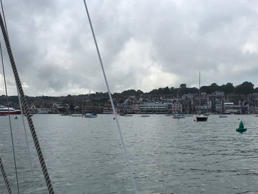 15 Oct 19 - Cowes